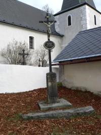 Nicov, kříž u vchodu na hřbitov