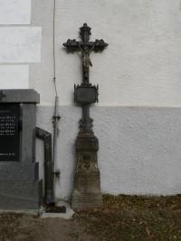Nicov, křížek u kostela