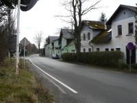 Nicov, domy u hlavní silnice