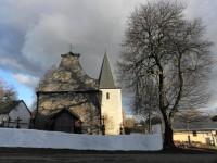 Nicov, západní průčelí a věž kostela