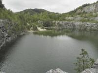 Líšná, západní strana jezera