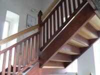 Hrádek, schodiště