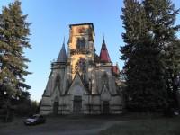 Varnsdorf, průčelí kostela sv. Karla Boromejského