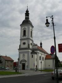 Říčany, kostel sv. Petra a Pavla