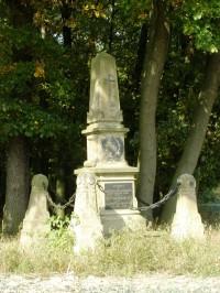 Les Svíb - jihovýchodní okraj lesa, pomník č. 278