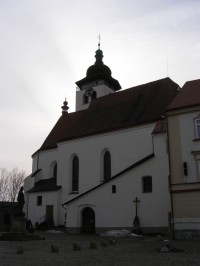 Nové Město nad Metují - kostel Nejsvětější Trojice