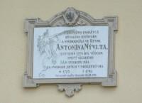 Rtyně v Podkrkonoší - pamětní deska rychtáře Antonína Nývlta
