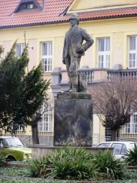 Holice v Čechách - socha Dr. Emila Holuba