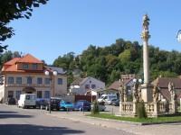 Pecka - náměstí