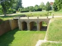 Pevnost Josefov - vykopaný most