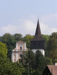 Hronov - kostel Všech Svatých se zvonicí