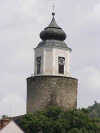 Žulová - kostel sv. Josefa s hradní věží