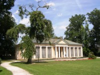 Lázně Bělohrad - památník K.V.Raise