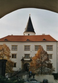 Přerov – Horní náměstí, hradby a zámek (Horní Město)