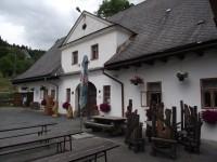 Hanušovice – rychta (hostinec Na Rychtě a galerie Na půdě)
