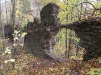 Na Nový Hrad aneb půvaby podzimní zříceniny (Lužná – Nový Hrad – Bohdíkov)