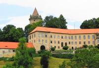 Rožmberk nad Vltavou – věž Jakobínka aneb vše, co zbylo z horního hradu