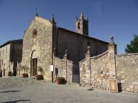 Monteriggioni  - kostel Nanebevzetí Panny Marie  (Chiesa di Santa Maria Assunta)