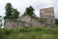 Vítkův Hrádek – romantická hradní zřícenina i kamenná rozhledna
