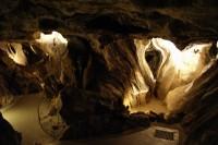 Jeskyně, krasohledny a veteráni (Na Špičáku, Hemberk a Česká Ves)