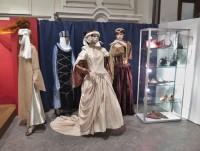 dobové oblečení