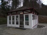 Luhačovice – pramen a pavilon Aloiska (Lesní pramen)