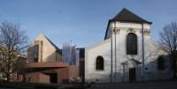Opava – kostel sv. Václava, Dům umění a klášter dominikánů