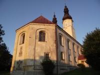 Andělská Hora, kostel Narození Panny Marie a další zajímavosti