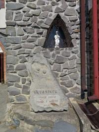 Kraví hora (Bořetice) - pomník kvasince