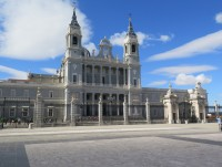 Madrid - katedrála Panny Marie Almudenské  (Catedral de la Almudena)