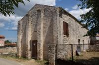 Peroj – kostel sv. Štěpána  (crkva Sveti Stjepan)