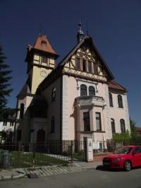 Hlochova vila
