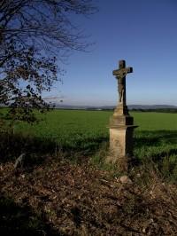 Papůvka - kříž a křížový kámen