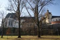 pod katedrálou i hradem současně