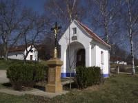 Vlčnov - kaple před búdami