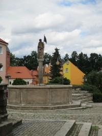 Kašna sv. Floriána v Kynšperku nad Ohří