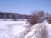 Největší z rybníků na Soboňkách v zimním období