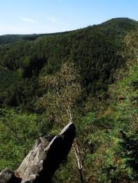 Výhled z Břestecké skalky západním směrem