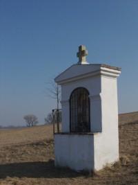 Přerov nad Labem, Kaplička sv. Vojtěcha nad studánkou