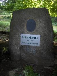 pomník Antona Günthera.