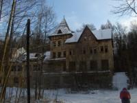 Bývalé lázně Karlovo údolí.