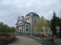Mezinárodní památník obětem II. světové války.
