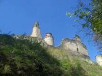 Rozhledna na hradě Kostomlaty.