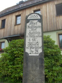 Historický ukazatel cest v Rathmannsdorfu.