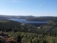 pohled z Puklé skály na Flájskou přehradu