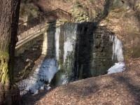 umělý vodopád v Bertině údolí