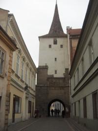 Velvarská brána