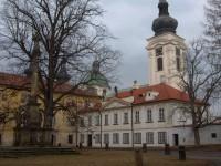 zámek v Doksanech