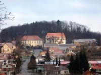 Jesenec - zámek a kostel
