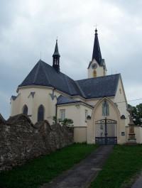 kostel Nanebevzetí Panny Marie Cholina